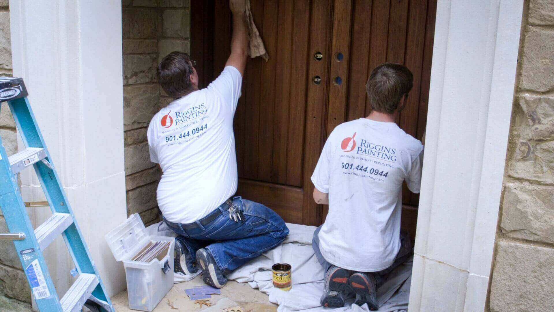 House Staining Services | Riggins Painting